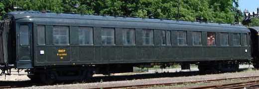 Voiture 2e classe Dyle et Bacalan d'origine PLM B11 n°54763