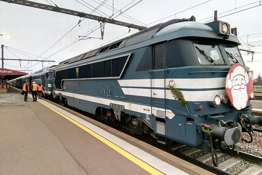 68540 et 67000 - Train du Père Noël- Les Aubrais - 15 décembre 2018