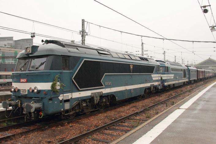 68540 et 67000 - Train du Père Noël- Orléans - 16 décembre 2018