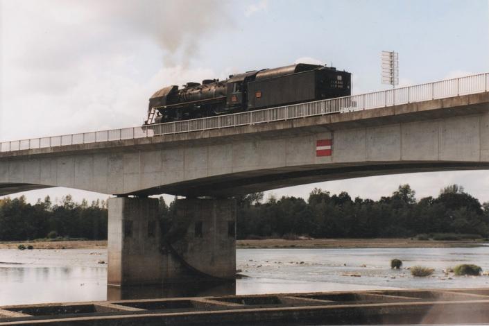 141R840 - Neuvy sur Loire - 30 septembre 2000 - photo Pascal Bouché