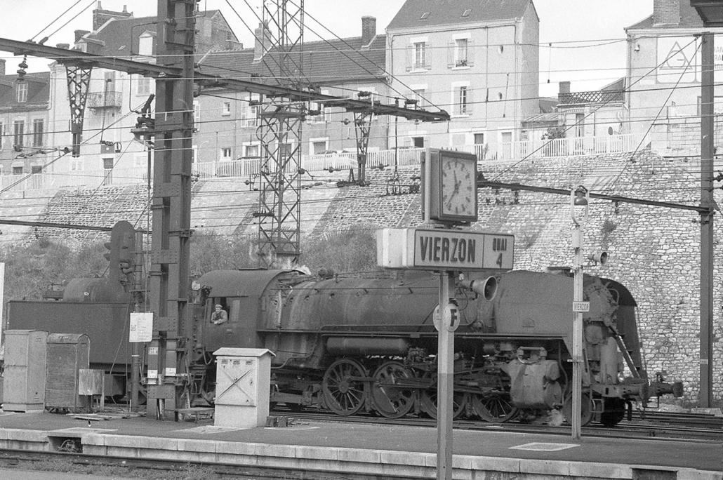 141 R 770 - Vierzon, 14 septmbre 1970 (EH-6223-008-B)