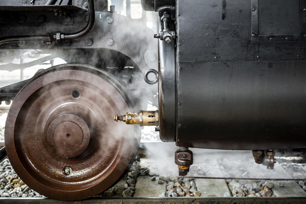 Locomotive à vapeur 141R840 à Paris Austerlitz le 21 octobre 2017 (photo Nicolas Laverroux)
